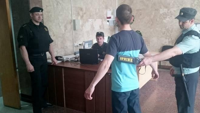 Жители Мордовии ходят в суд с оружием