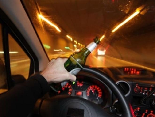 В Мордовии полицейские догнали пьяного водителя без прав в кювете