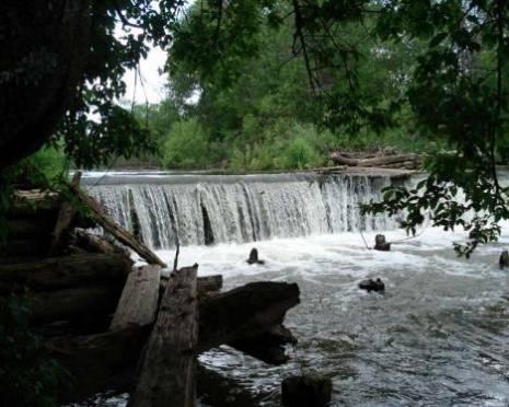 В Мордовии бесхозная плотина угрожает безопасности людей