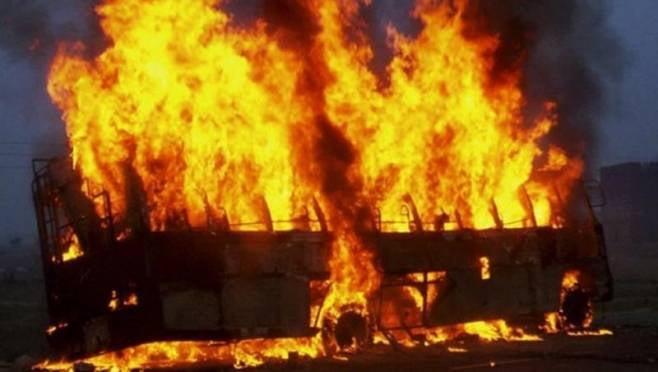 Пассажирский автобус загорелся в Саранске