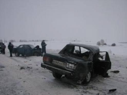 За минувшие выходные на дорогах Мордовии три человека погибли и десять ранены