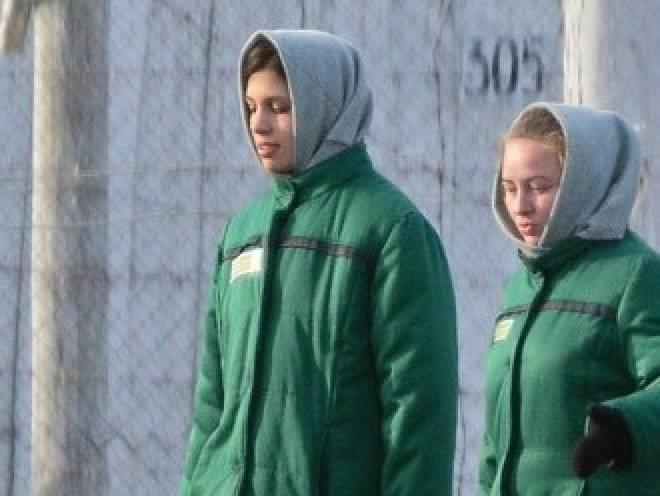 Минтруд России: В ИК-14 Толоконникова сверхурочно не работала