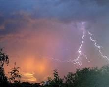 Завтра в Мордовии возможны гроза, град и сильный ветер
