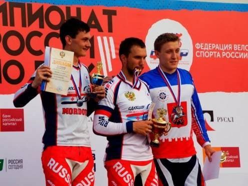 Мордовские велогонщики успешно выступают на всероссийском турнире