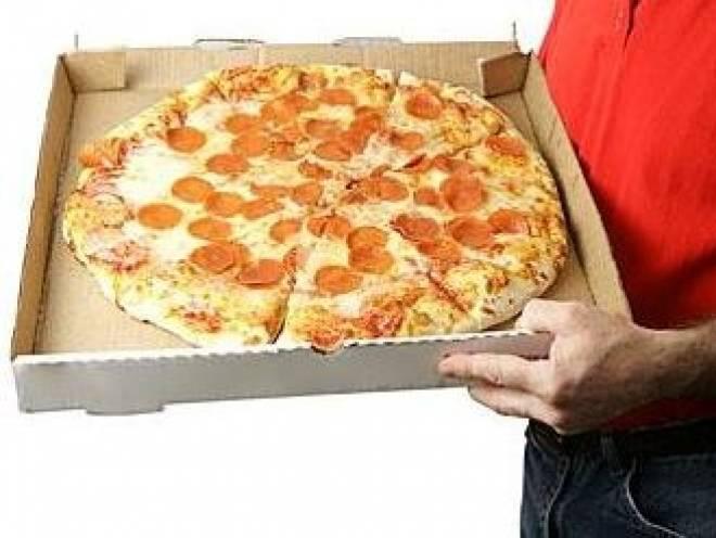 В Саранске обокрали развозчика пиццы