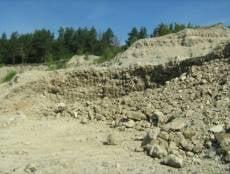 Нижегородские строители завалили глиной и песком землю в Мордовии