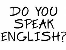 Глава РМ: Спасатели, полицейские и врачи должны выучить английский
