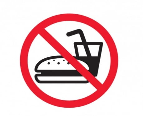 Родители не смогут подкормить детей в летних лагерях
