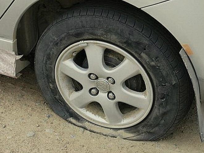 В Мордовии женщина поскандалила с экс-супругом и выместила злость на автомобиле