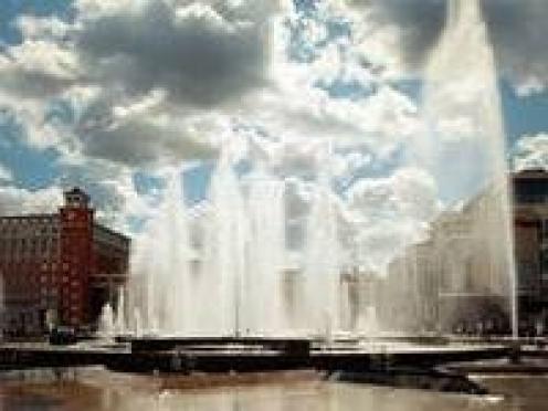 В Саранске на площади 1000-летия опять устраняют недоделки