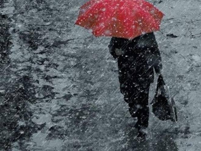Мордовию заносит снегом и заливает дождем