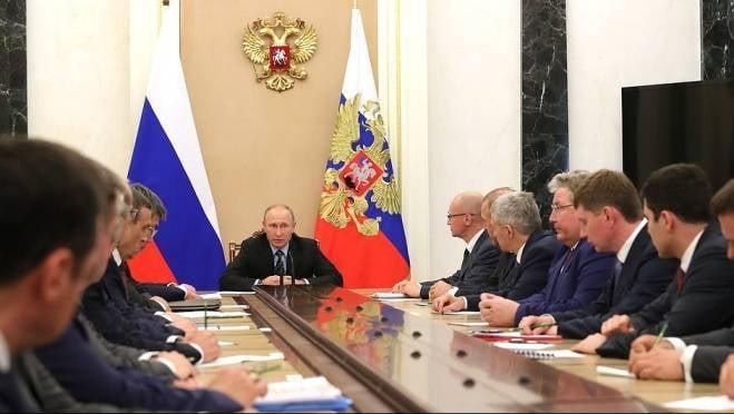 Владимир Путин напутствовал главу Мордовии в Кремле