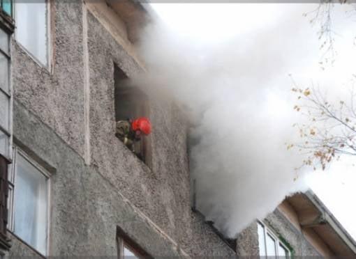 В Саранске в горящей квартире чуть не погиб парень