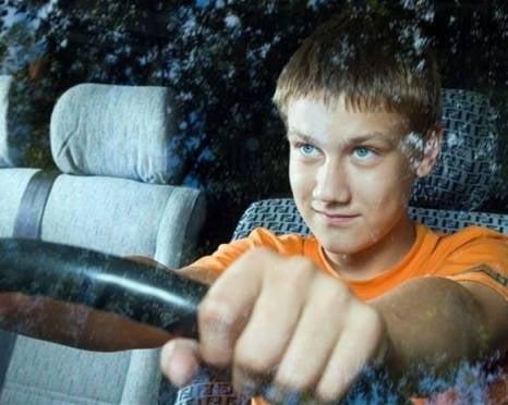 В Мордовии школьник перевернулся на «Ниве»