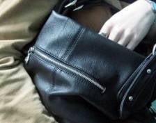 В Саранске у покупательницы украли сумку из ячейки в магазине