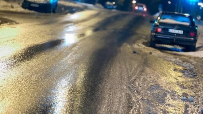 Жителей Мордовии предупредили об опасности на дорогах