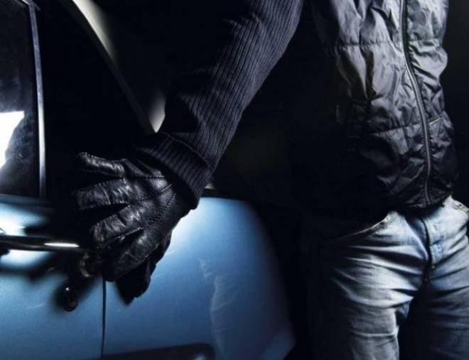 В Саранске «по горячим следам» раскрыли две ночные автокражи