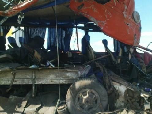 В столкновении МАЗа и рейсового автобуса погибла жительница Украины