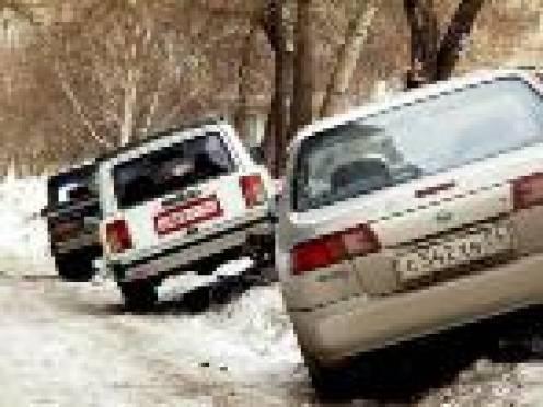 Беспорядок на парковках Саранска мешает уборке улиц города от снега