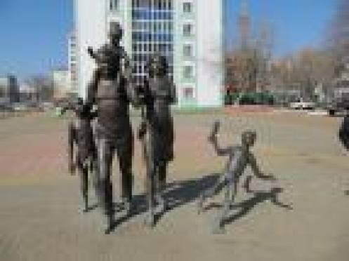 Студент, повредивший памятник Семье в Саранске, отказывается признавать свою вину