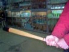 Жителя Саранска избили битой по ошибке