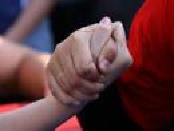 В Саранске инвалиды по зрению соревновались в армрестлинге