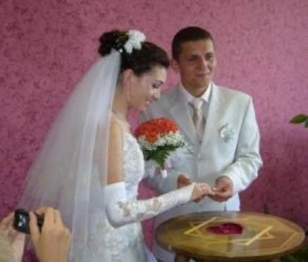 Магическая дата 11.11.11 вызвала в Саранске свадебный бум
