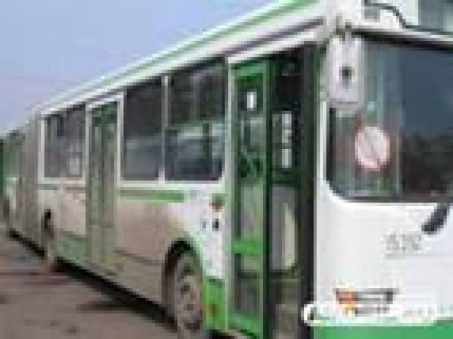 В Саранске лопнувшее колесо автобуса травмировало пассажирку