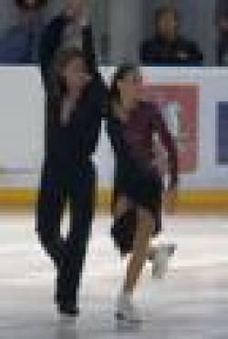Пьедестал почета первенства по фигурному катанию на коньках в Саранске заняли ребята из Москвы и Санкт-Петербурга