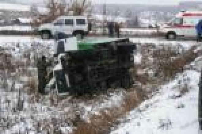Водитель грузовика не рассчитал скорость: в больницы Саранска госпитализированы 4 человека