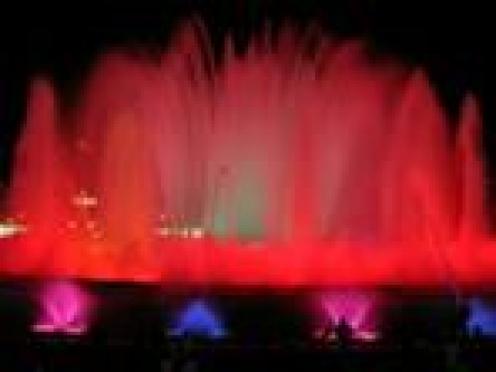 Сегодня в Саранске состоится открытие уникального цвето-музыкального  фонтана