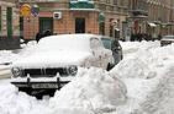 Коммунальщики Саранска просят жителей города принять участие в уборке снега