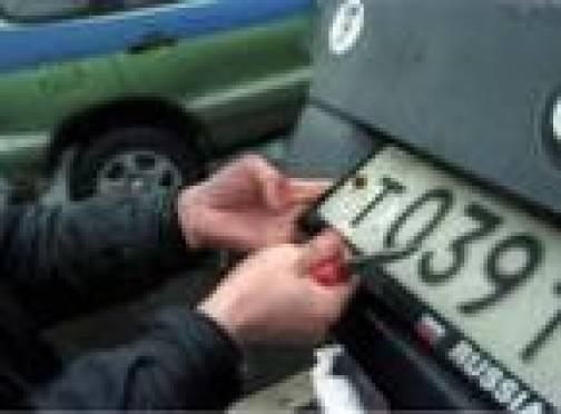 Жителям Мордовии придется платить в несколько раз больше за техосмотр, права и номера